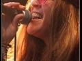 Janis live op festival.jpg 2